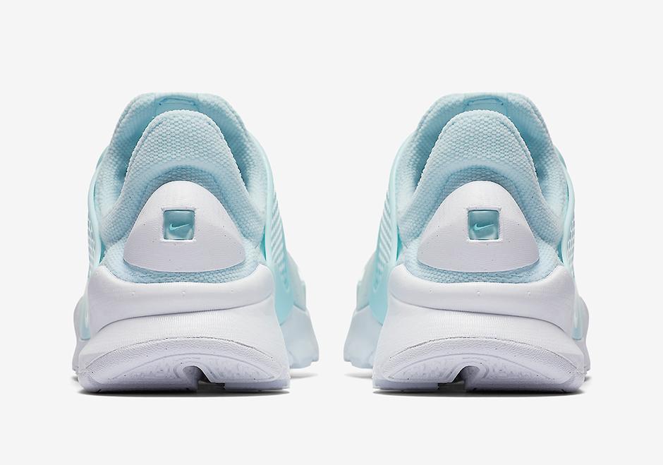 nike-sock-dart-glacier-blue-05