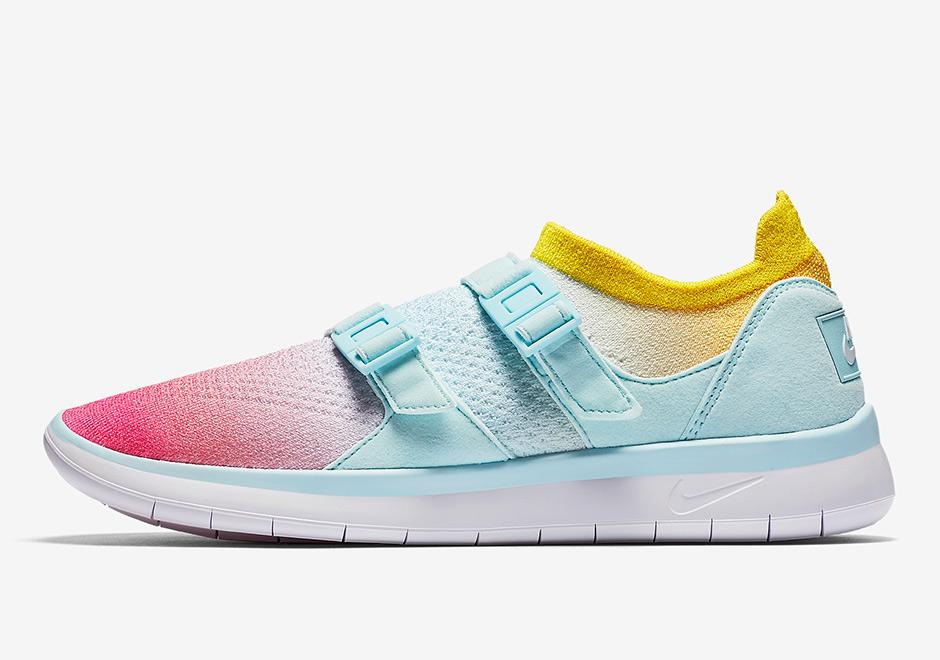 nike-sock-racer-flyknit-white-glacier-blue-racer-pink-5