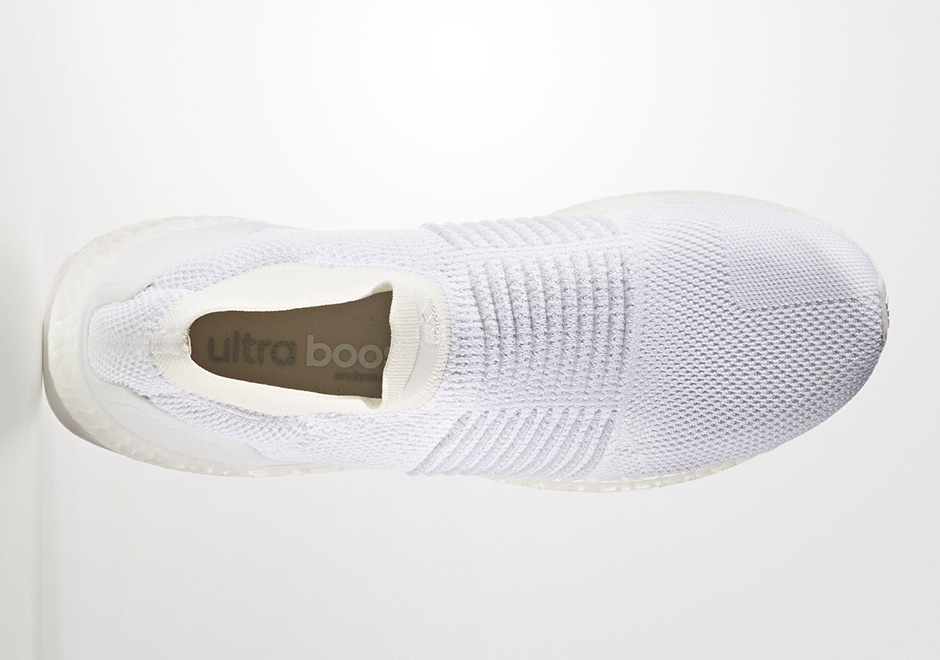 adidas-ultra-boost-laceless-mid-triple-white-s80768-4