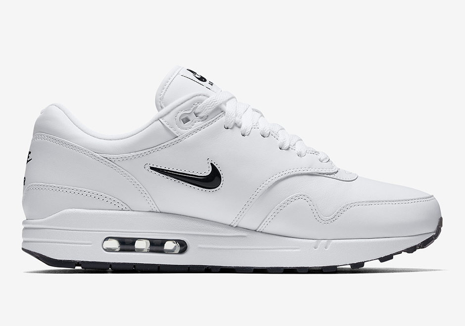 nike-air-max-1-premium-sc-jewel-white-black-release-date-5