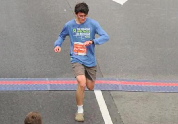 teen-runs-71-minnute-half-marathon-in-crocs