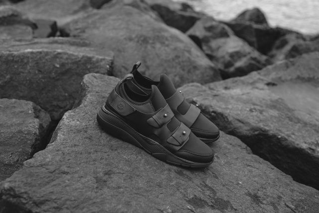 ronnie-fieg-filling-pieces-3
