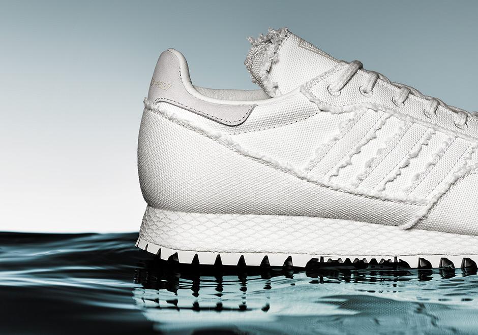 adidas-daniel-arsham-new-york-white-denim-uv-print-03