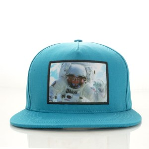 Supreme-Astronaut-Hologram-1
