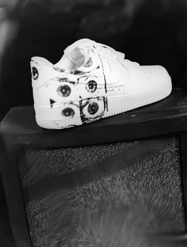 best sneakers 901f5 08723 Supreme x Comme des Garçons SHIRT Nike Air Force 1 Low ...