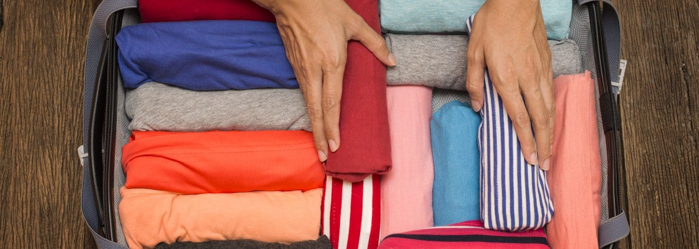 vacation packing tip - roll your clothes