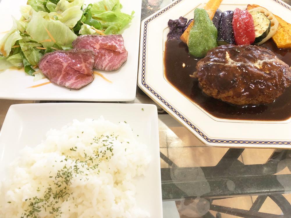 山猫料理店・ハンバーグ定食
