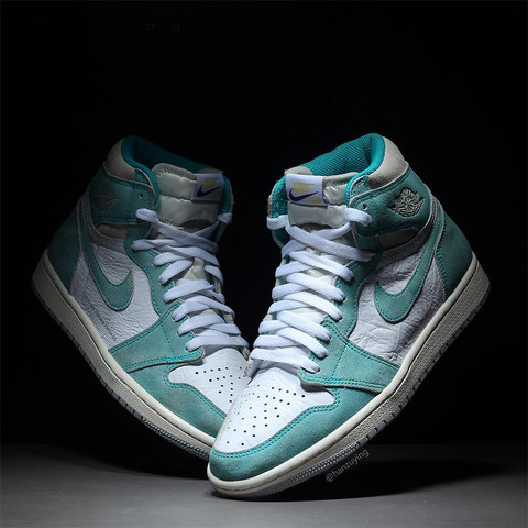 air-jordan-1-turbo-green-555088-311-2
