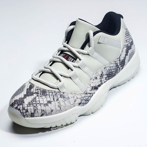 air-jordan-11-low-snakeskin-light-bone-cd6846-002-4