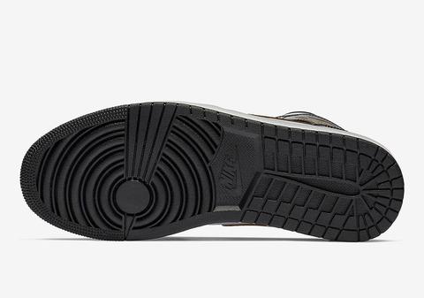 air-jordan-1-mid-black-gold-patent-leather-852542-007-2