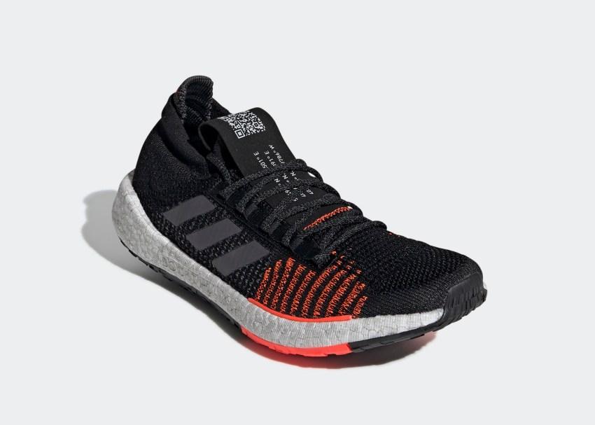 adidas Pulseboost HD รองเท้าวิ่งเพื่อนักวิ่งซิตี้รันโดยเฉพาะ