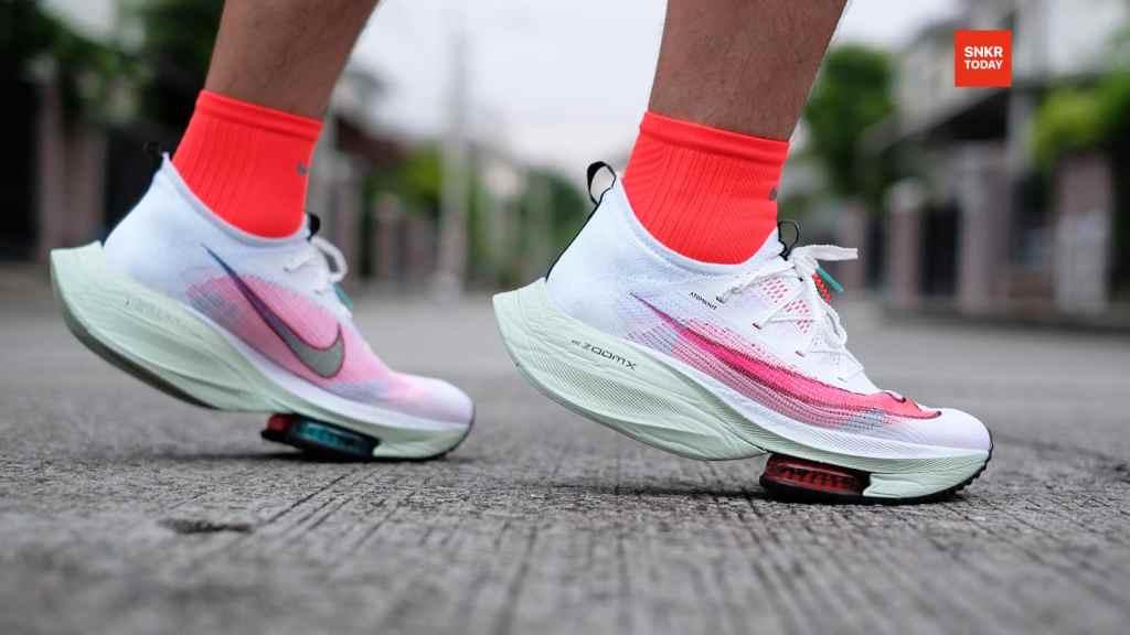 รีวิว Nike Air Zoom Alphafly NEXT% นุ่ม พุ่ง เด้ง