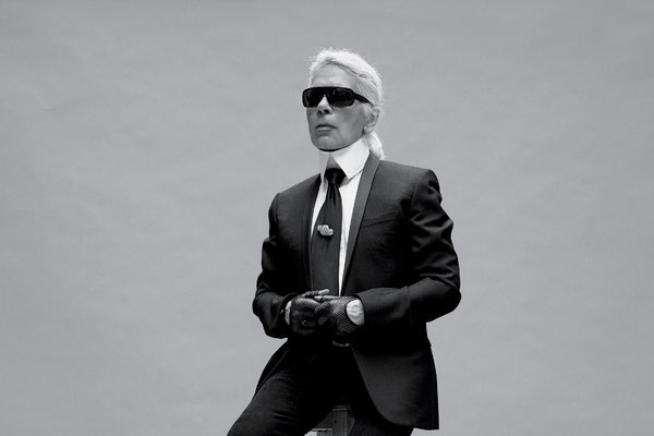 25tmag-11well_lagerfeld-t_ca0-articlelarge