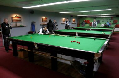snooker action