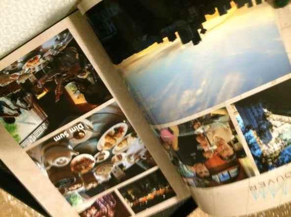 Nahaufnahme einer Doppelseite meines Fotobuchs