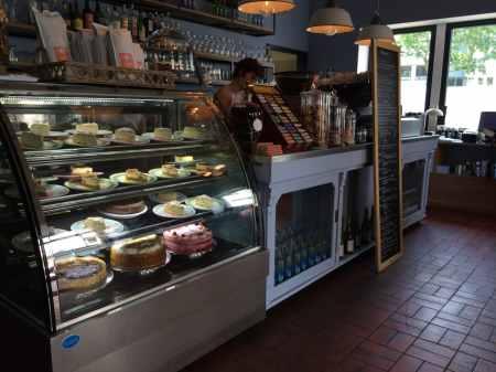 Café Lotte Brasserie - Theke