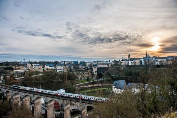 Luxembourg Cité bei Sonnenuntergang