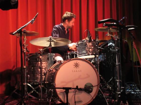 Test beim Konzert in Amsterdam, Jack Pollitt (Drummer), Mamas Gun