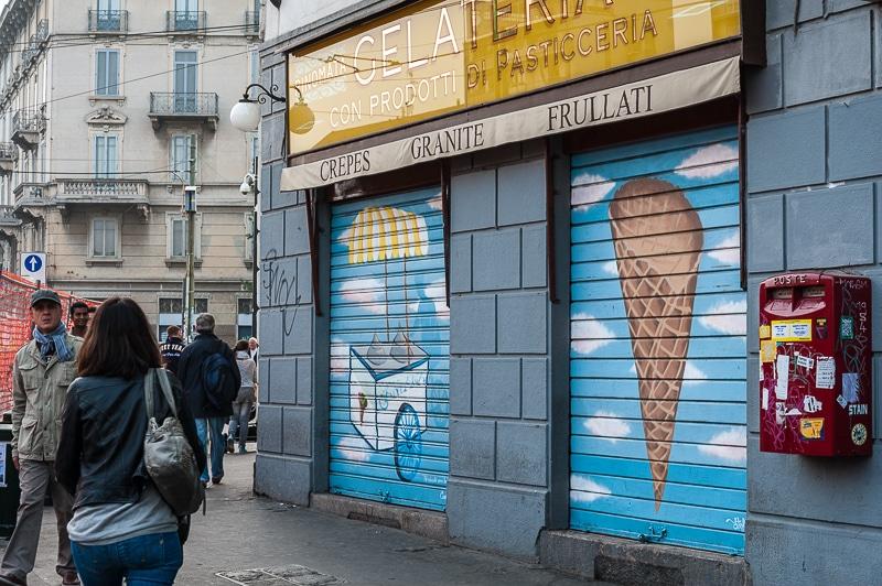 Streetart Eisdiele in der Nähe des Naviglio Grande, Mailand