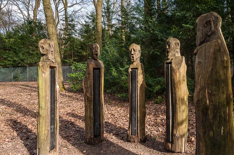 Skulptur im östlichen Teil des Rombergparks