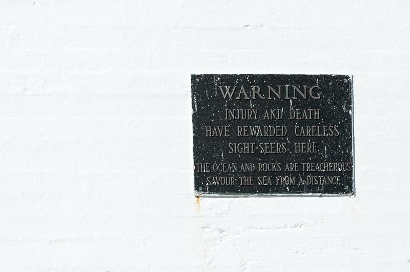 Warnung am Leuchtturm