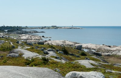 Blick auf Peggy's Cove vom SwissAir 111 Memorial