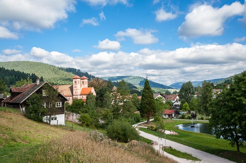 Blick vom Wanderweg auf Klosterreichenbach