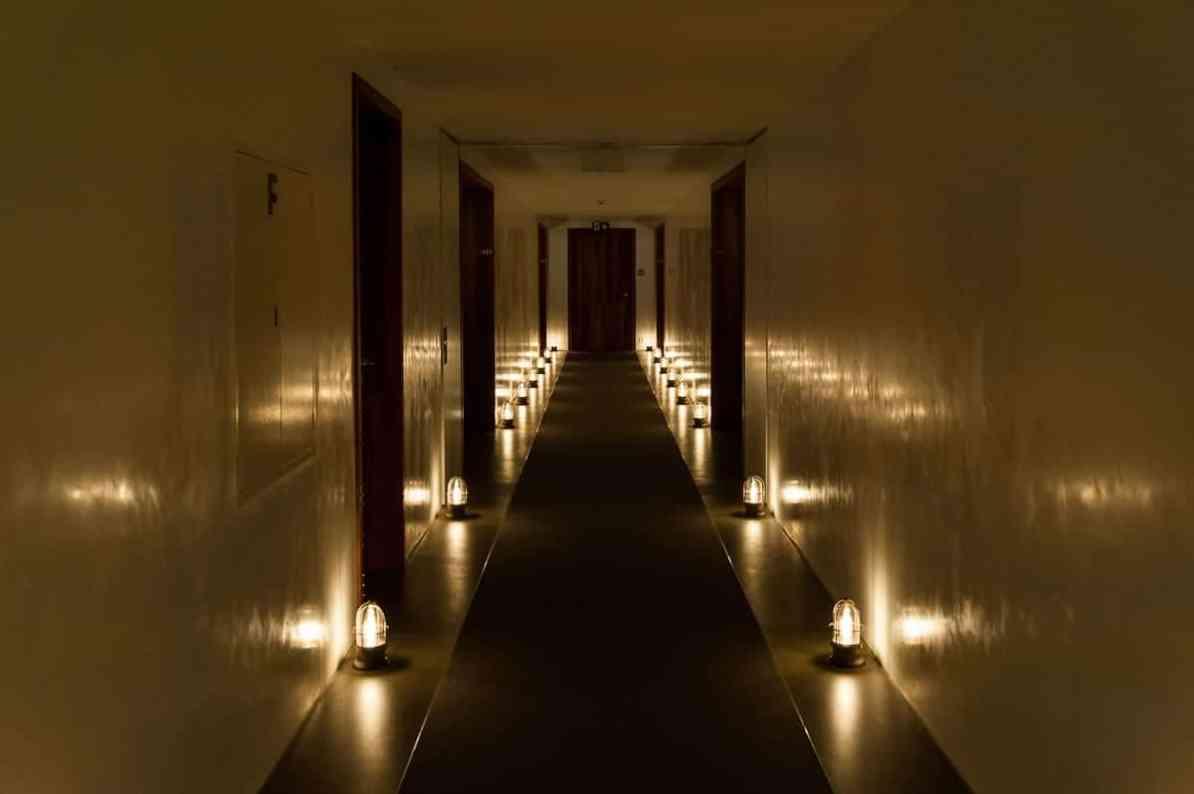 """Flur im Haus """"Cocon"""", Seerose Resort & Spa."""