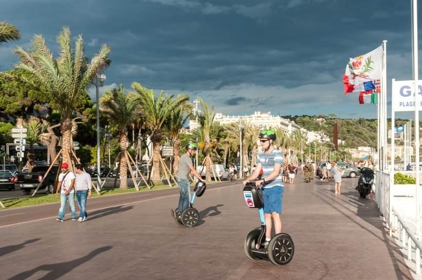 Segways auf der Promenade des Anglais.