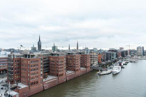 Ausblick auf den Traditionsschiffhafen