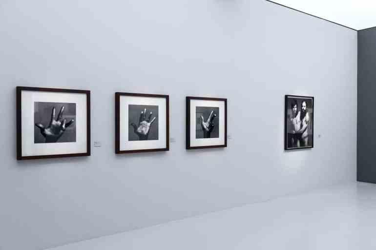 Die Hände von Miles Davis, Irving Penn (Foto: Simon Bierwald, Indeed Photography)