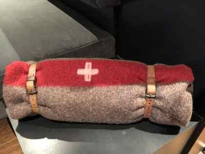 eine Schweizer Armeedecke