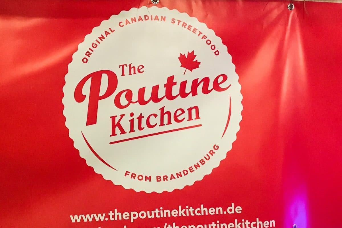 The Poutine Kitchen Logo und Banner beim Street Food Thursday, Berlin