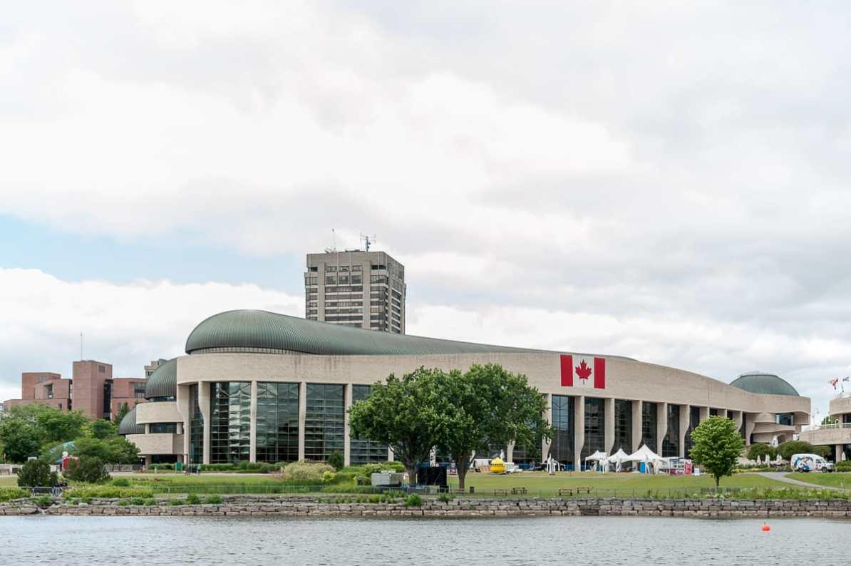 """Kanadisches Nationalmuseum für Geschichte und Gesellschaft (""""Canadian Museum of Civilization"""")"""