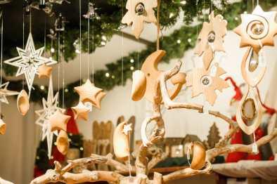 Weihnachtsbaumschmuck aus Holz