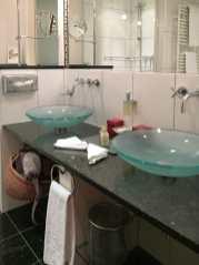 Doppelzimmer Royal mit Balkon - Bad & Toilette getrennt