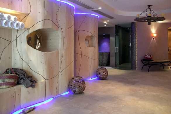Handgeschnitzte Sauna - einmaliges Erlebnis im Hotel Klosterbräu