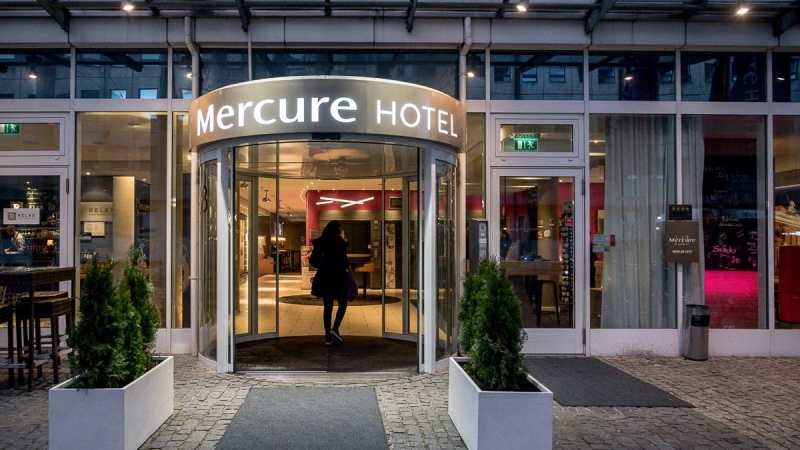 Eingang des Mercure Hotel Berlin City