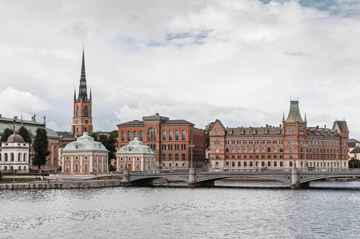 Blick auf die Insel Riddarholmen in Stockholm