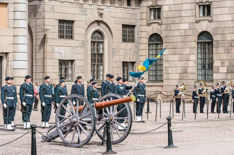 täglicher Wachwechsel am Stockholmer Schloss