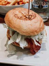 Mein Burger zum Mittag in der Huggy's Bar