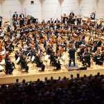 """Die Dortmunder Philharmoniker unter der Leitung von Gabriel Feltz beim 10. Philharmonischen Konzerts 2018/19 """"Ewige Heimkehr"""", 9. Sinfonie, Gustav Mahler. Foto: Anneliese Schürer/Dortmunder Philharmoniker."""