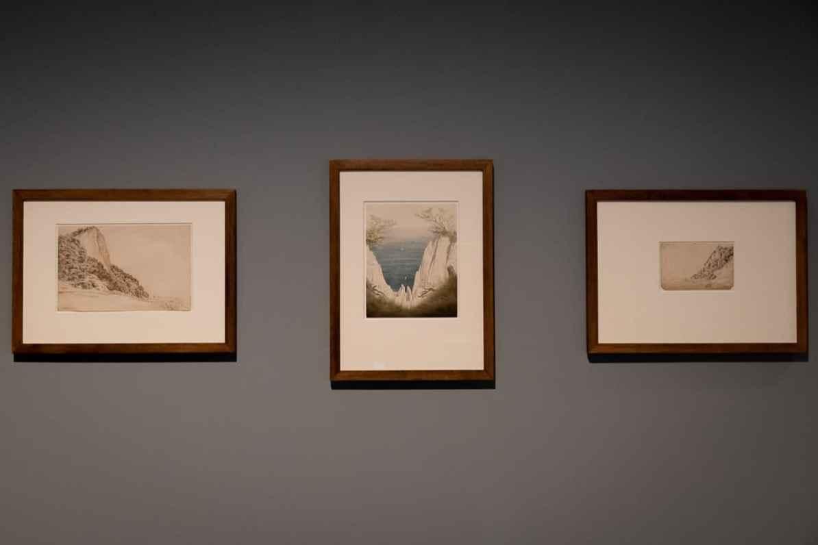 Zeichnungen/Studien von Caspar David Friedrich, u.a. Kreidefelsen auf Rügen noch ohne Personen