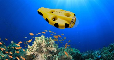 iBubble -The first underwater drone that follows You
