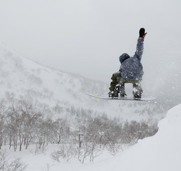 j.asahidake.boarderjump3