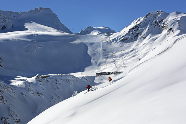Channel your inner 007 on sÖlden's vast alpine terrain © Bergbahnen Solden