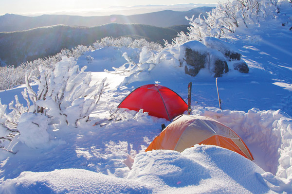 Snow camping Mt Stirling
