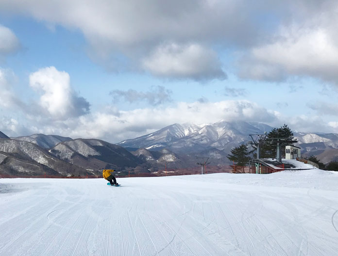 Snowboarding at Numajiri ski area, Aizu
