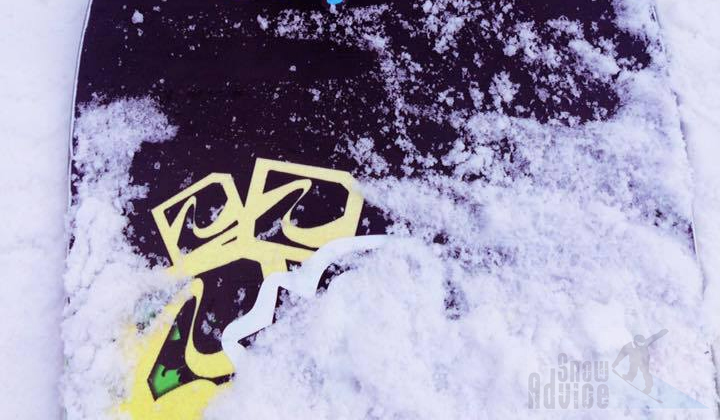 This blog post explains the different types of snowboards