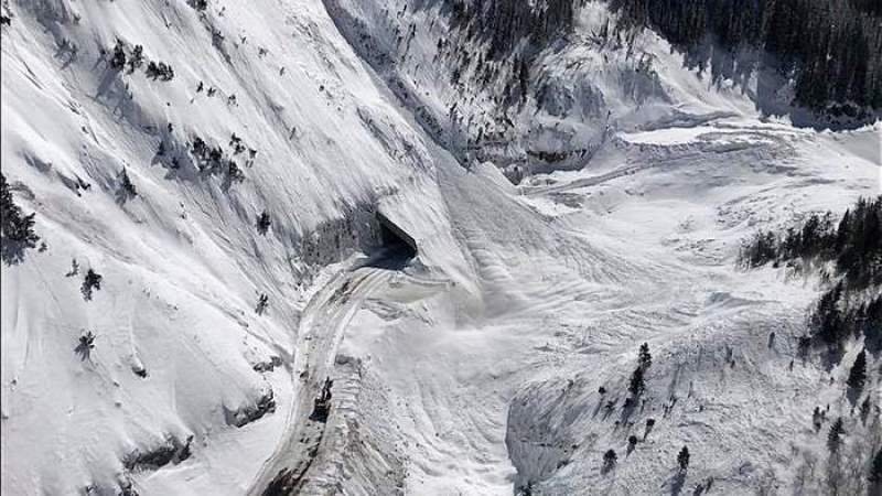 avalanche, red mountain pass